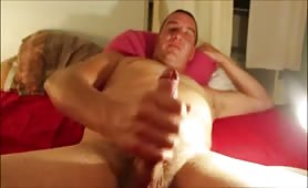 Mature french dude jerking on cam