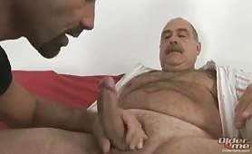 Big daddy Luiggi got serviced