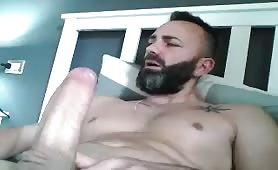 Hot italian dude wanking his huge sausage