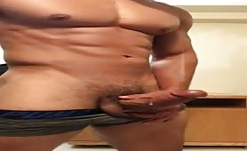 Sexy muscular stud jerking off until he cums