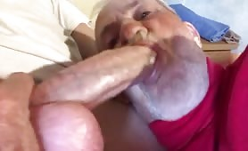 Grandpa enjoy sucking a huge white cock